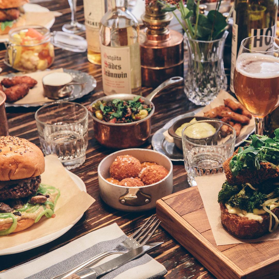 The Barn bord